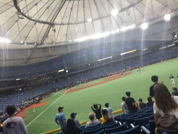 Tropicana Field, secção: 142, fila: CC, lugar: 12