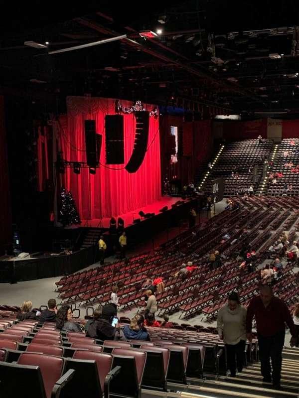 Hard Rock Live at Etess Arena, secção: 212, fila: U, lugar: 13