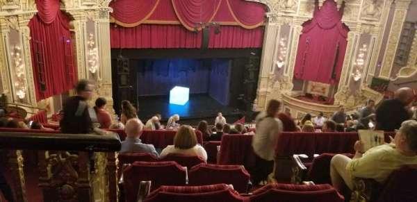 Nederlander Theatre (Chicago), secção: BALC-L, fila: R, lugar: 355