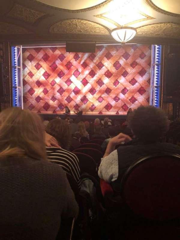 Brooks Atkinson Theatre, secção: Orchestra C, fila: Q, lugar: 112