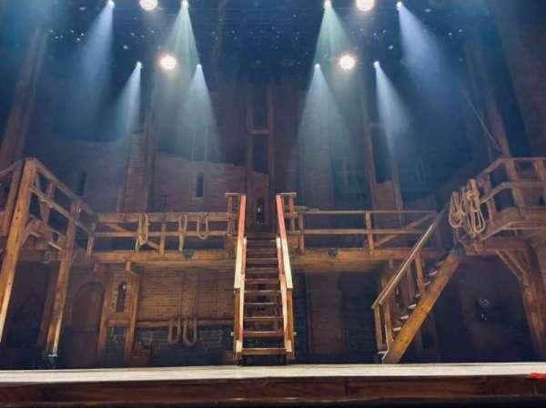 Richard Rodgers Theatre, secção: Orchestra C, fila: CC, lugar: 107