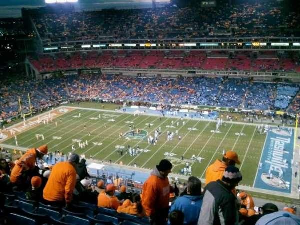 Nissan Stadium, secção: 308, fila: Z
