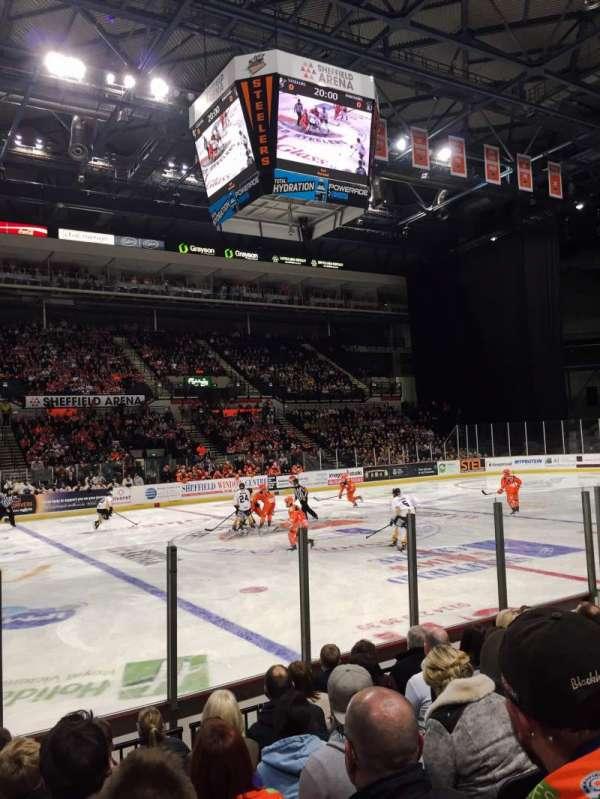 FlyDSA Arena, secção: 116, fila: J