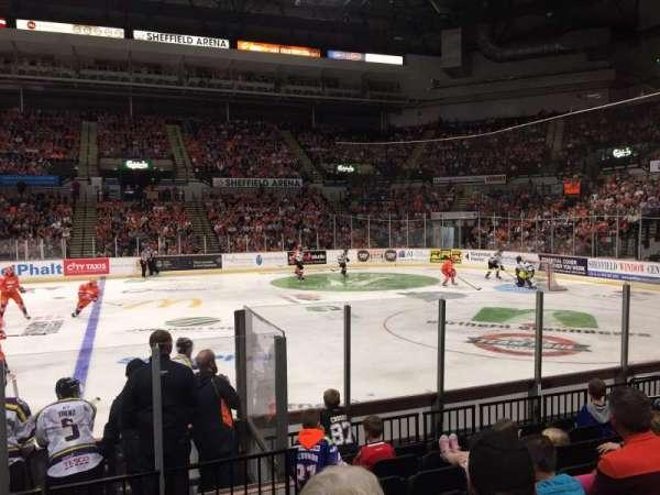 Sheffield Arena, secção: 105, fila: H, lugar: 1
