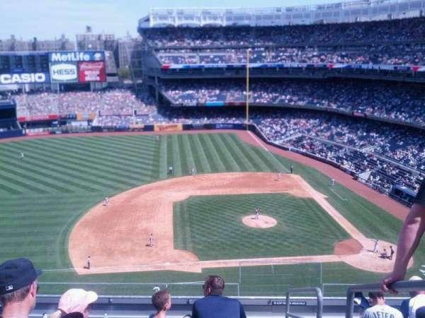 Yankee Stadium, secção: 325, fila: 7, lugar: 1