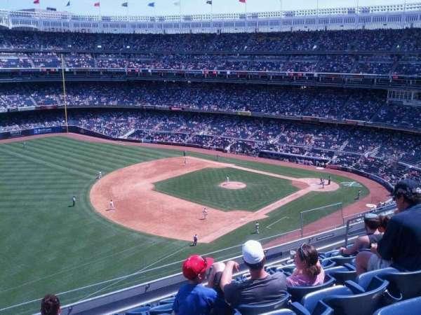 Yankee Stadium, secção: 329, fila: 7, lugar: 11