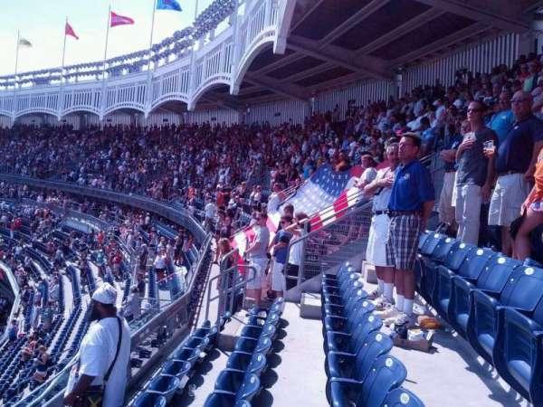 Yankee Stadium, secção: 433, fila: 3, lugar: 15