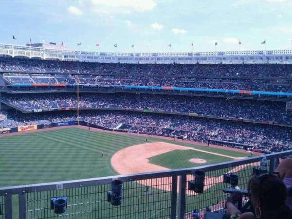 Yankee Stadium, secção: 330