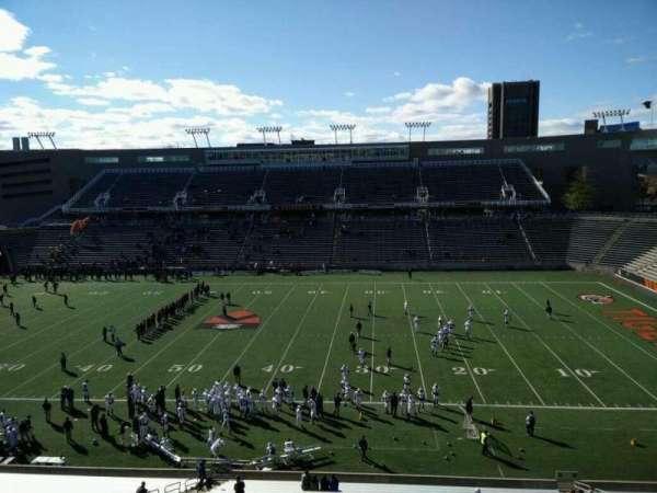 Princeton Stadium, secção: 25, fila: 33, lugar: 1