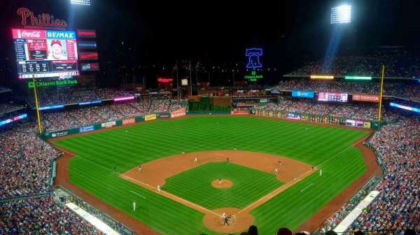 Citizens Bank Park, secção: 421, fila: 7, lugar: 9
