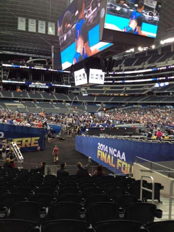 AT&T Stadium, secção: 126, fila: 15, lugar: 3