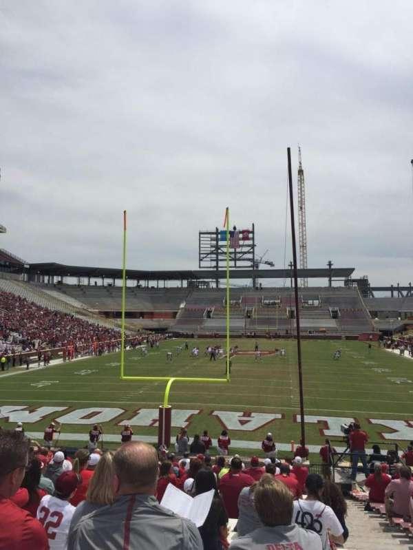 Gaylord Memorial Stadium, secção: 17, fila: 28, lugar: 2