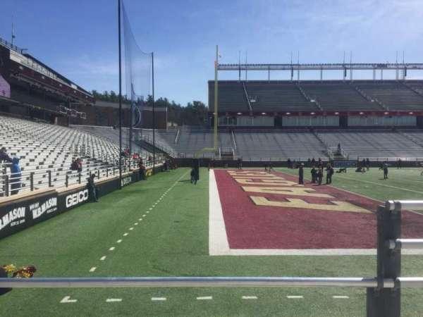 Alumni Stadium, secção: A, fila: 6, lugar: 11