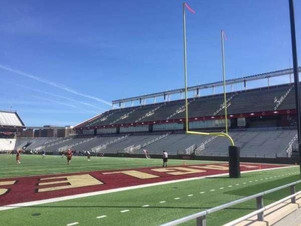 Alumni Stadium, secção: J, fila: 3, lugar: 38