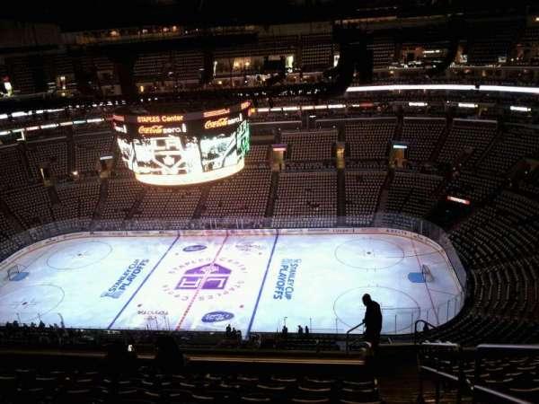 Staples Center, secção: 333