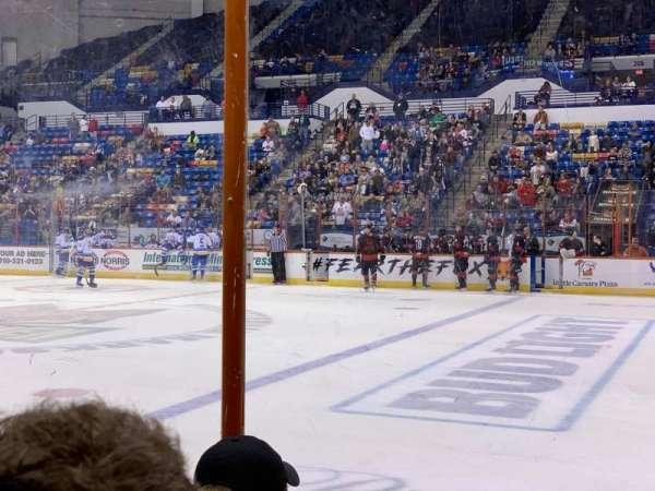 Crown Coliseum, secção: 117, fila: CC, lugar: 1