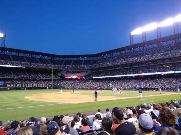 Coors Field, secção: 142, fila: 10, lugar: 9