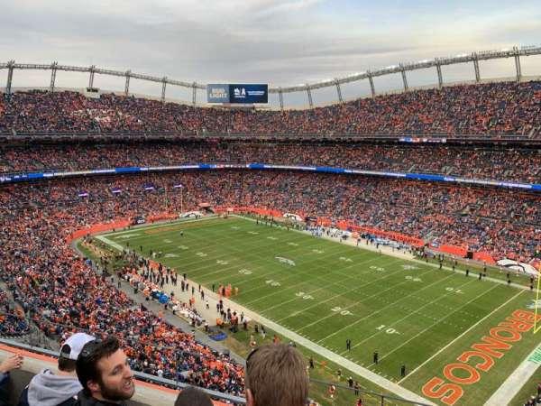 Empower Field at Mile High Stadium, secção: 502, fila: 3