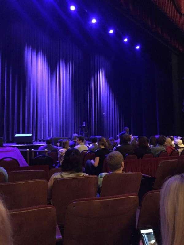 Chicago Theatre, secção: MNFL3L, fila: EE, lugar: 309