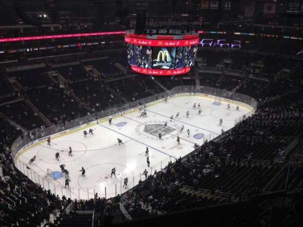 Staples Center, secção: 305, fila: 9, lugar: 11
