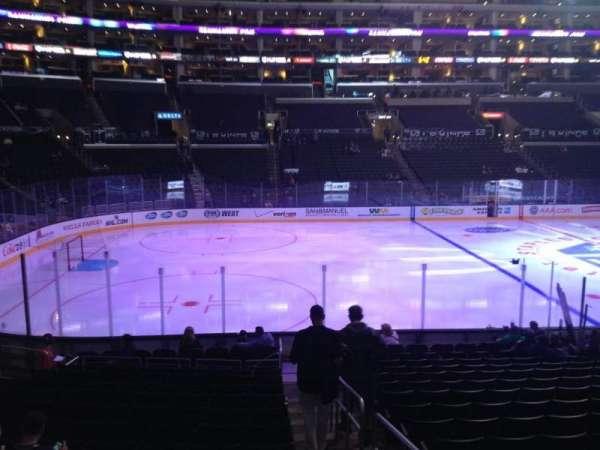 Staples Center, secção: 103, fila: 17, lugar: 1