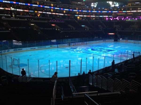 Staples Center, secção: 105, fila: 20, lugar: 1
