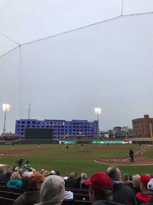 Fifth Third Field (Dayton), secção: 111, fila: 12, lugar: 3