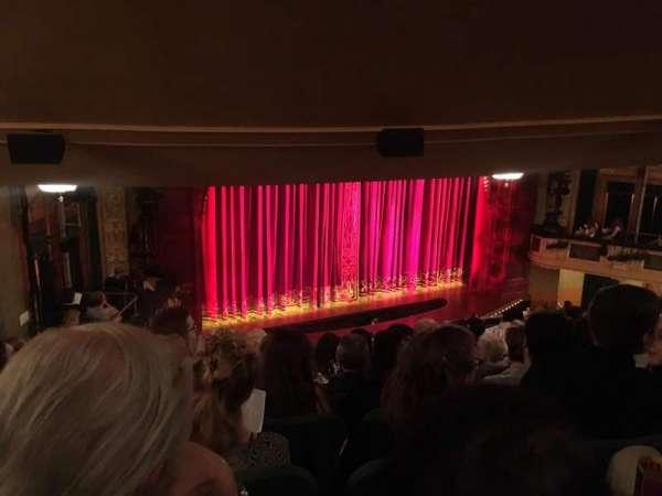 Shubert Theatre, secção: Mezzanine L, fila: J, lugar: 19