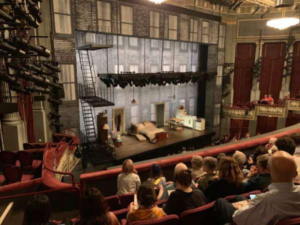 Broadhurst Theatre, secção: Mezzanine L, fila: F, lugar: 25
