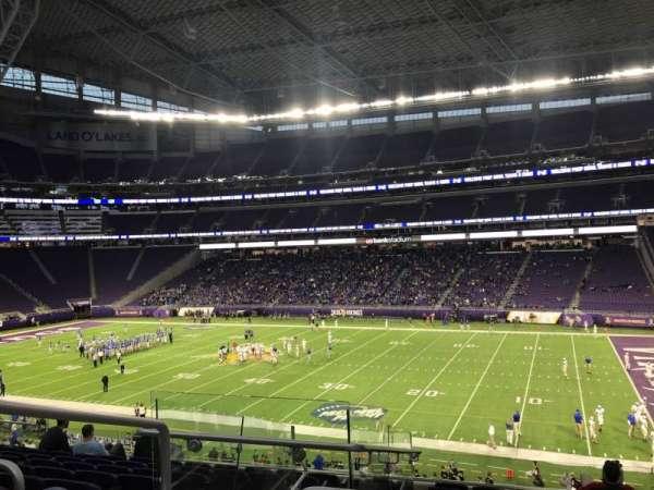 U.S. Bank Stadium, secção: 128, fila: 9, lugar: 22