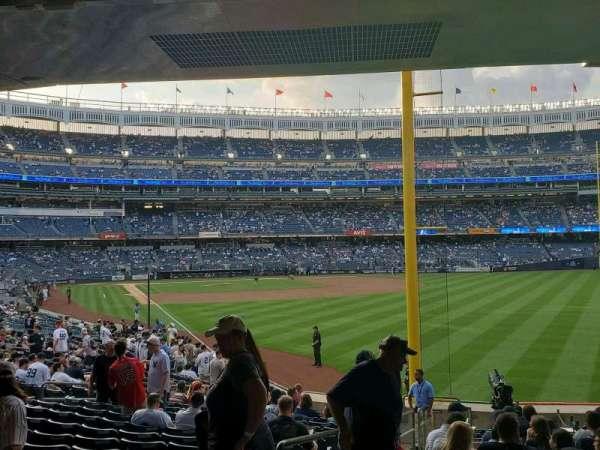 Yankee Stadium, secção: 107, fila: 16, lugar: 18