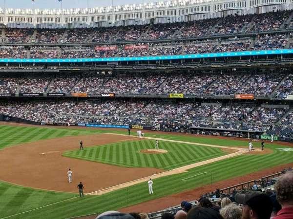 Yankee Stadium, secção: 228, fila: 13, lugar: 8