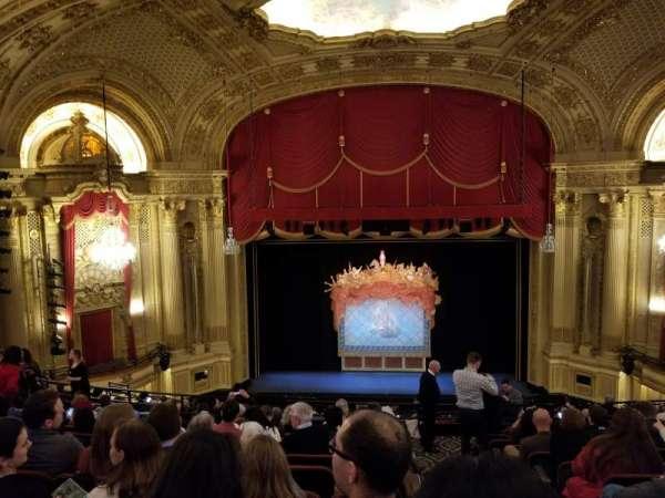 Citizens Bank Opera House, secção: Mezzanine LC, fila: K, lugar: 101