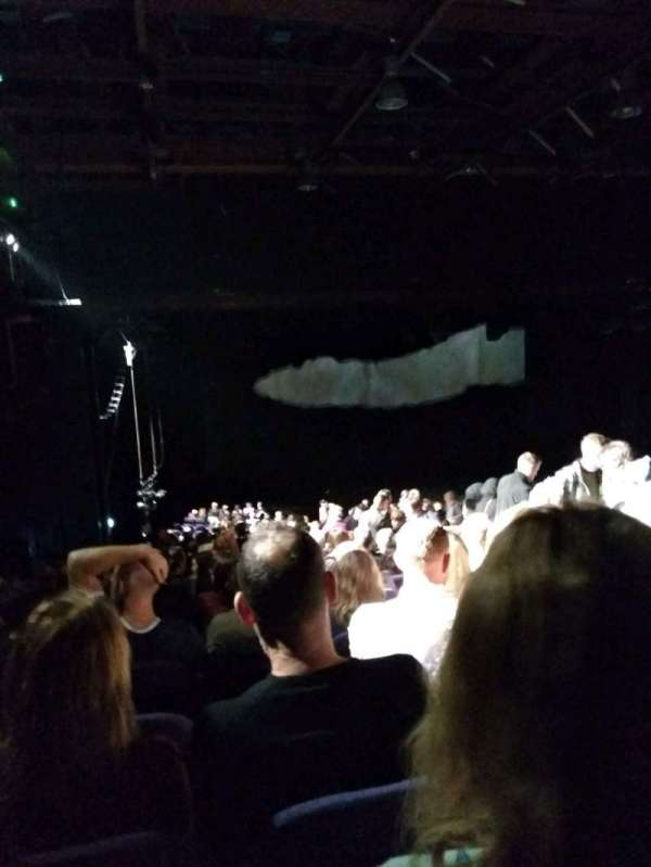 Troubadour Wembley Park Theatre, fila: ZE, lugar: 5