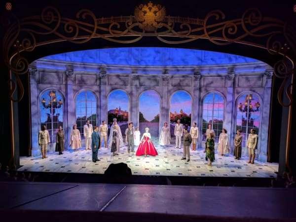 Broadhurst Theatre, secção: Mezzanine C, fila: A, lugar: 108