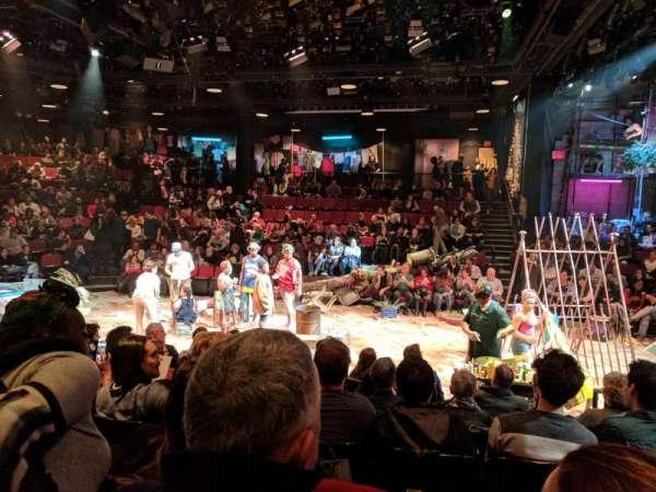 Circle in the Square Theatre, secção: Orchestra 200 (Even), fila: F, lugar: 244
