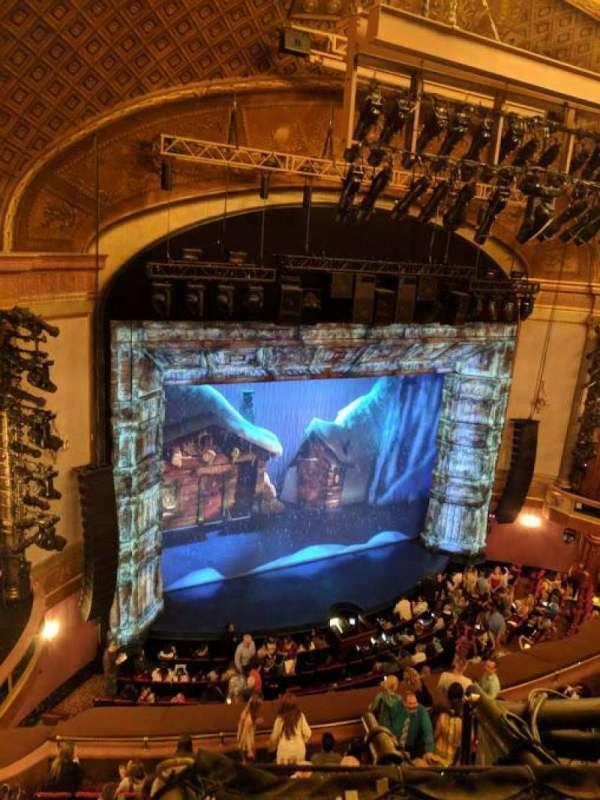 St. James Theatre, secção: Balcony L, fila: A, lugar: 23