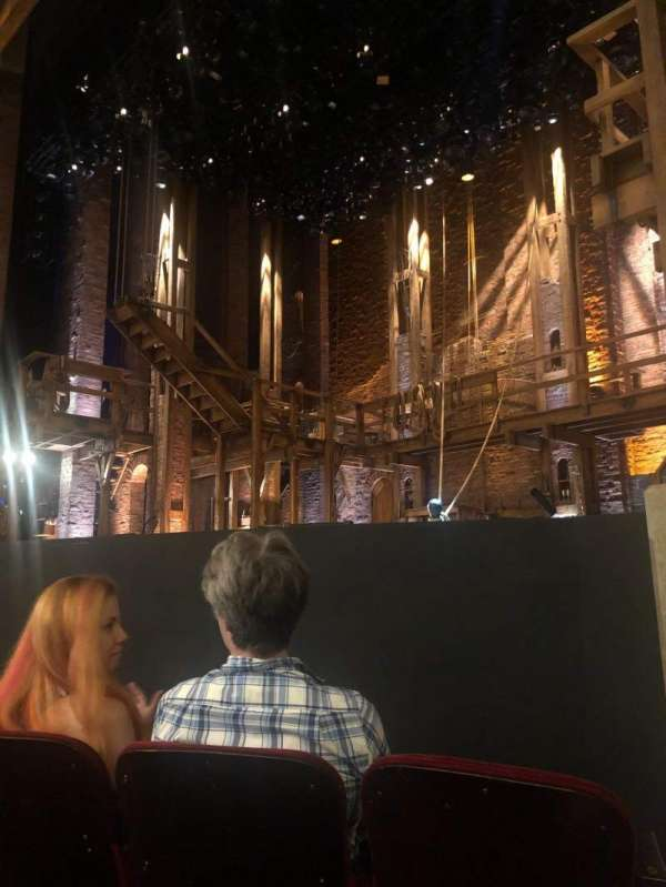 CIBC Theatre, secção: Orchestra R, fila: D, lugar: 12