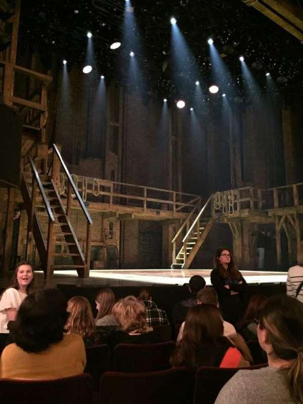 Richard Rodgers Theatre, secção: Orchestra L, fila: E, lugar: 13