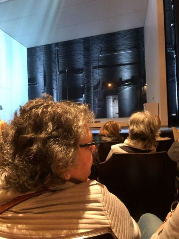John Golden Theatre, secção: Orchestra C, fila: E, lugar: 103
