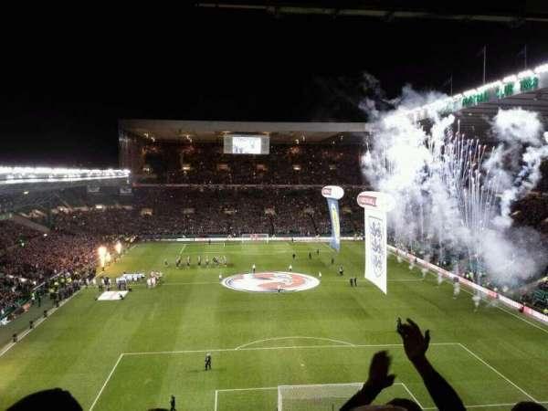 Celtic Park, secção: 417, fila: F