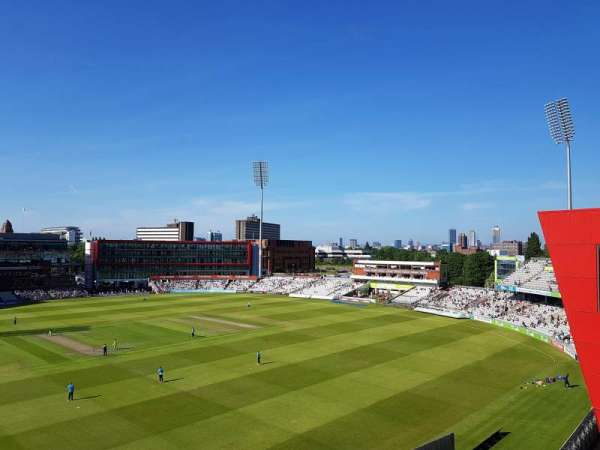 Old Trafford Cricket Ground, secção: Upper Tier, fila: Back Row