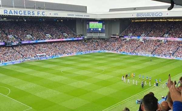 Ibrox Stadium, secção: CD7, fila: F, lugar: 296