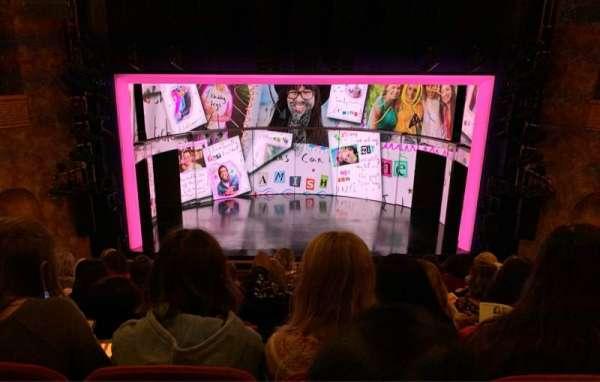 August Wilson Theatre, secção: Mezzanine C, fila: H, lugar: 108-109