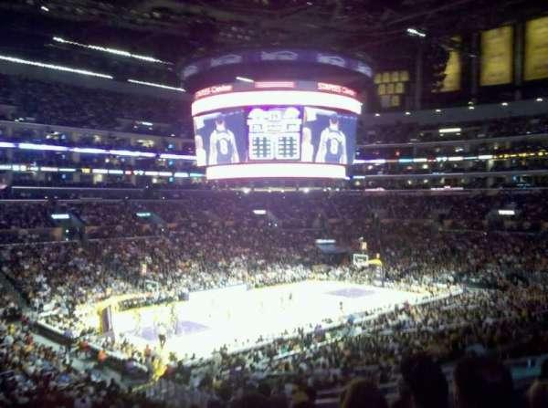 Staples Center, secção: 117, fila: 10, lugar: 4