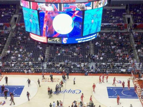 Staples Center, secção: 301