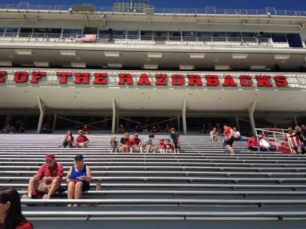 Razorback Stadium, secção: 104, fila: 22, lugar: 20