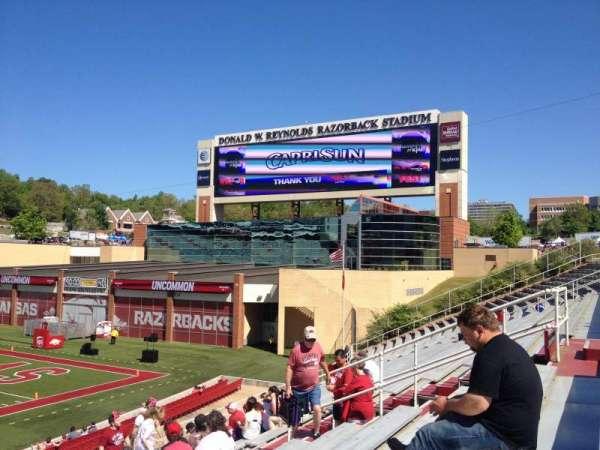 Razorback Stadium, secção: 113, fila: 22, lugar: 20