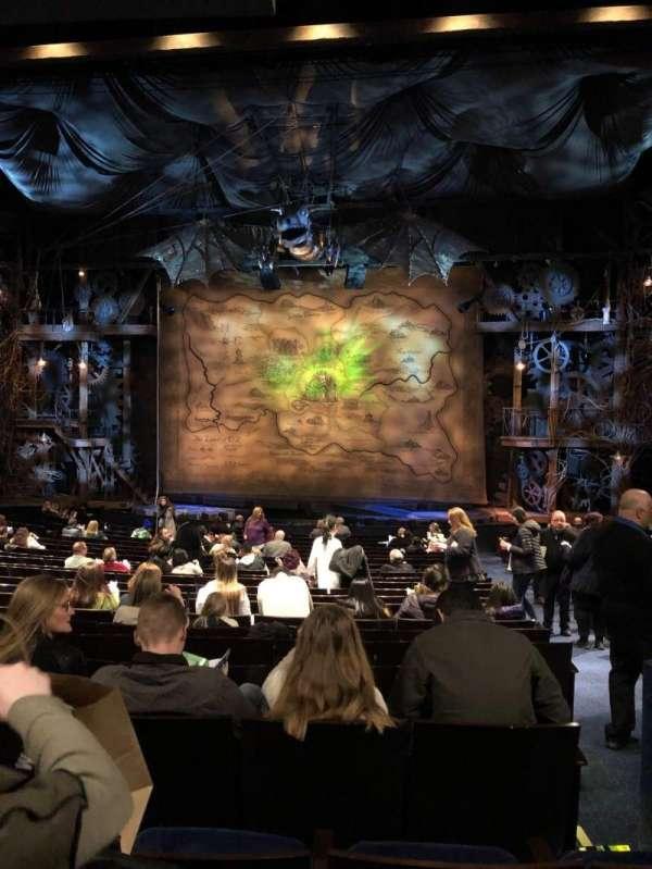 Gershwin Theatre, secção: Orchestra, fila: T, lugar: 117