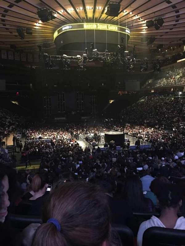 Madison Square Garden, secção: 101, fila: 15, lugar: 13